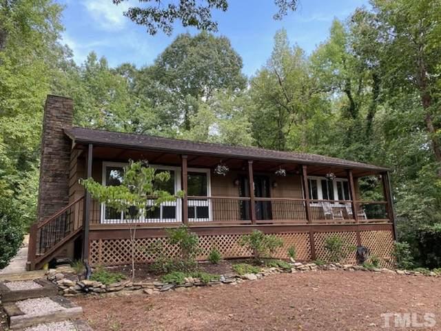 1109 Sourwood Circle, Chapel Hill, NC 27517 (#2405467) :: Dogwood Properties
