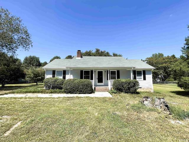 5120 Hilltop Needmore Road, Fuquay Varina, NC 27526 (#2406405) :: Raleigh Cary Realty