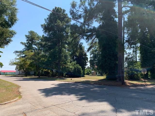 211 W Harnett Street, Dunn, NC 28334 (#2407955) :: RE/MAX Real Estate Service