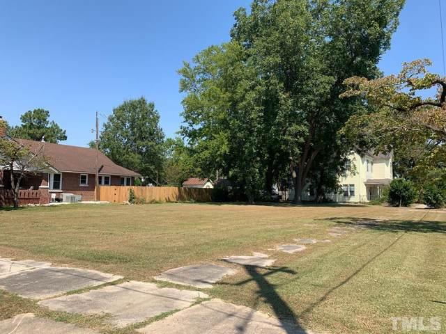 300 W Harnett Street, Dunn, NC 28334 (#2407957) :: RE/MAX Real Estate Service