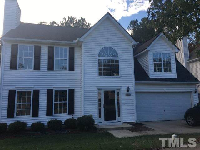 701 Holly Thorne Trace, Holly Springs, NC 27540 (#2408729) :: Triangle Just Listed