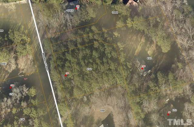 158 Woodberry Forest, Pittsboro, NC 27312 (#2408903) :: Scott Korbin Team
