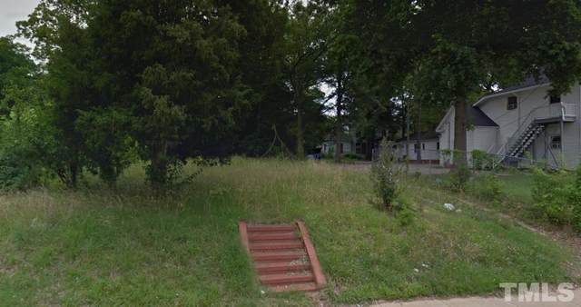 211 S Third Street, Sanford, NC 27330 (#2409488) :: Scott Korbin Team