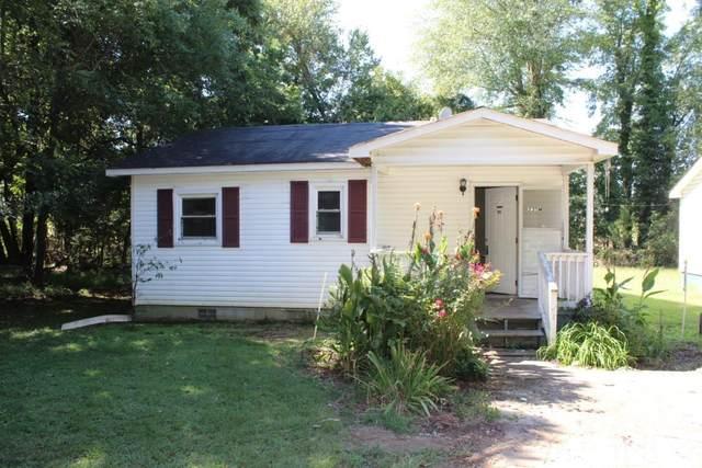 225 W Hickory Avenue, Holly Springs, NC 27540 (#2410695) :: Log Pond Realty
