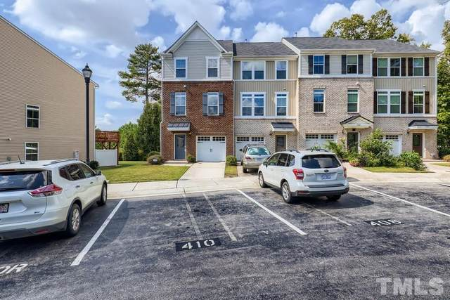 410 Berry Chase Way, Cary, NC 27519 (#2411990) :: Log Pond Realty