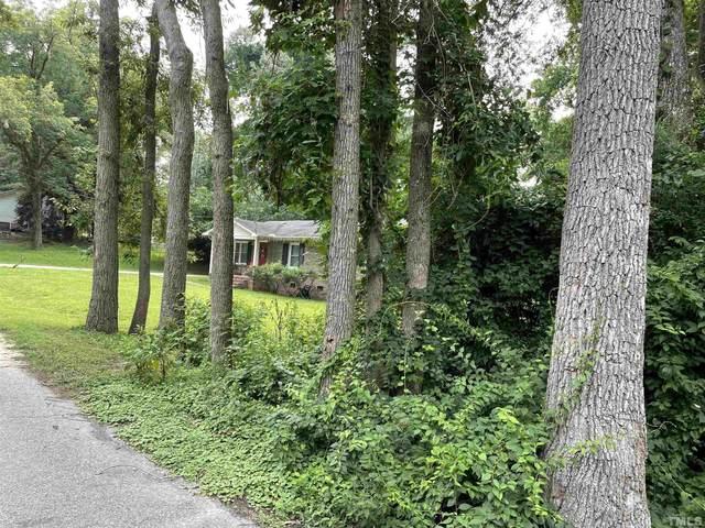 711 Dogwood Street, Fuquay Varina, NC 27526 (#2412362) :: Raleigh Cary Realty