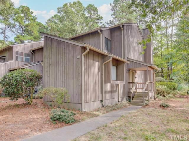 461 Fairoaks Circle, Chapel Hill, NC 27516 (#2412499) :: The Tammy Register Team