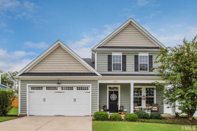 1205 Redwood Valley Lane, Knightdale, NC 27545 (#2413214) :: The Tammy Register Team