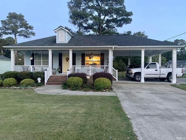 200 N Lincoln Street, Benson, NC 27504 (#2413723) :: Triangle Top Choice Realty, LLC