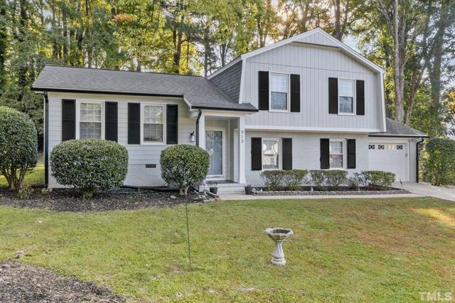 913 Sussex Lane, Cary, NC 27511 (#2415286) :: Raleigh Cary Realty