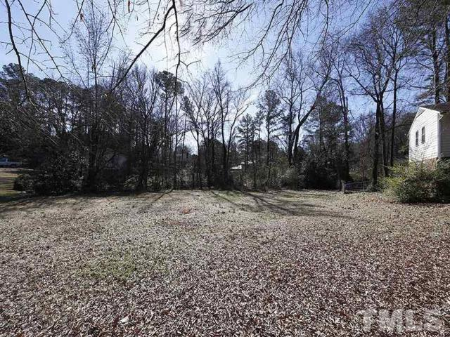 1320 Foxrun Drive, Raleigh, NC 27610 (#2169746) :: Raleigh Cary Realty