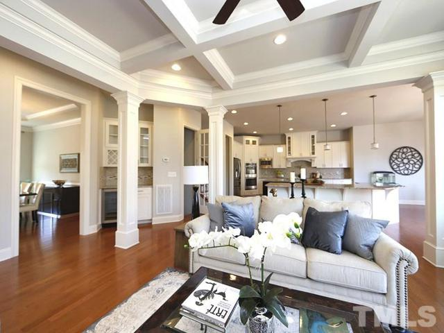 17 Eagles Watch Lane, Chapel Hill, NC 27517 (#2177914) :: The Perry Group