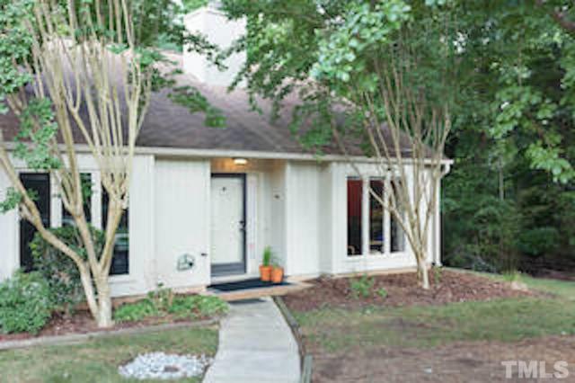 104 Woodbridge Lane, Chapel Hill, NC 27514 (#2218601) :: The Perry Group