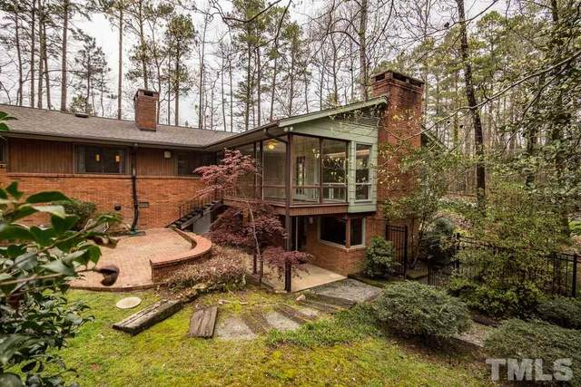 910 Woodbine Drive, Chapel Hill, NC 27517 (#2309947) :: The Jim Allen Group