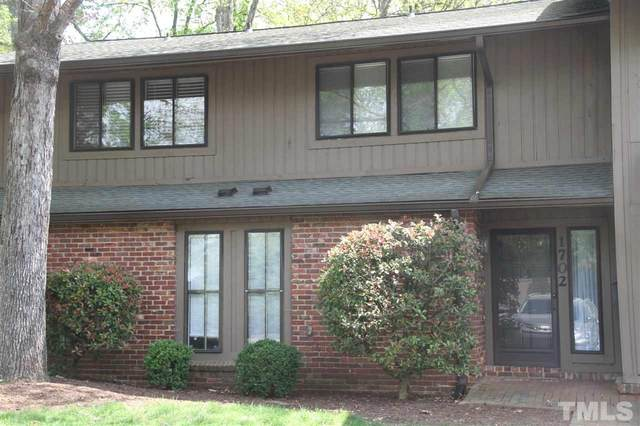 1702 Oak Tree Drive #1702, Chapel Hill, NC 27517 (#2312440) :: The Jim Allen Group