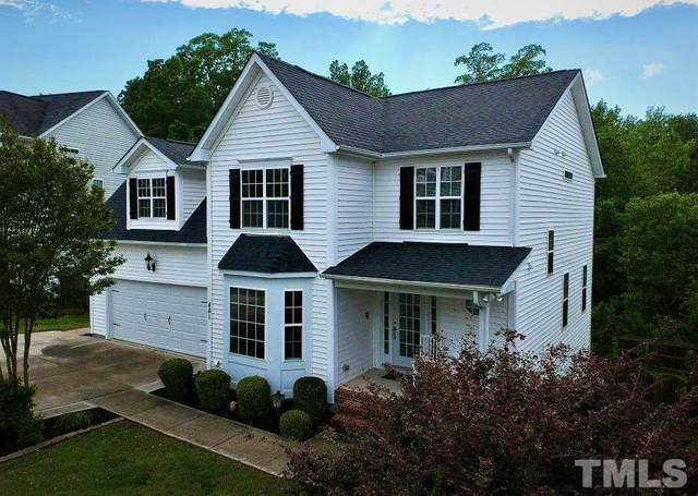 441 Holly Thorne Trace, Holly Springs, NC 27540 (#2316796) :: Raleigh Cary Realty