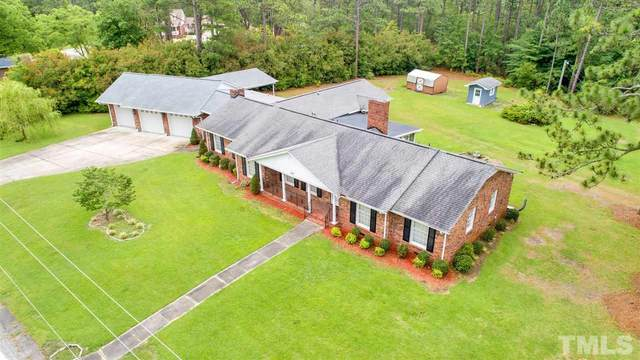 205 Rockcrest Road, Fayetteville, NC 28311 (#2326412) :: Marti Hampton Team brokered by eXp Realty