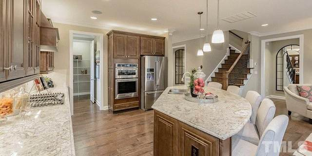 726 Tibumoll Lane, Fuquay Varina, NC 27526 (#2335907) :: Triangle Just Listed