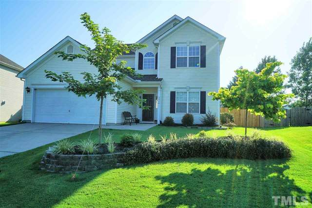 2016 Satinwood Drive, Clayton, NC 27520 (#2339180) :: Triangle Just Listed