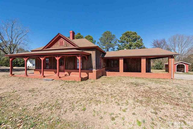 389 E Stewart Street, Coats, NC 27521 (#2362205) :: The Rodney Carroll Team with Hometowne Realty