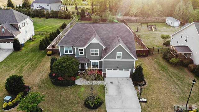 5424 Downton Grove Court, Fuquay Varina, NC 27526 (#2377799) :: Steve Gunter Team