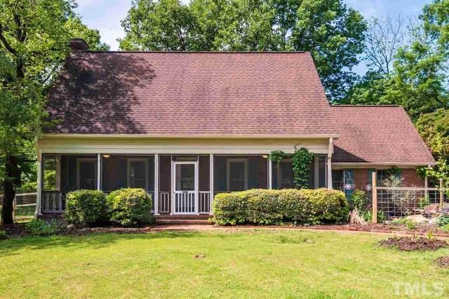 106 Cobblestone Place, Chapel Hill, NC 27516 (#2379906) :: Kim Mann Team