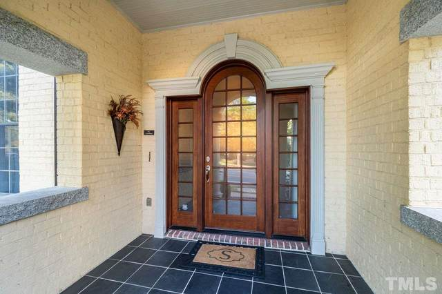 214 W Barbee Chapel Road, Chapel Hill, NC 27517 (MLS #2348289) :: On Point Realty