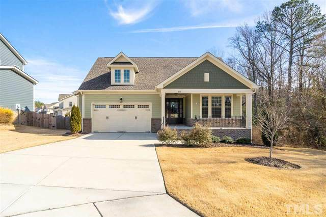 811 King Lake Court, Fuquay Varina, NC 27526 (#2363386) :: Real Properties