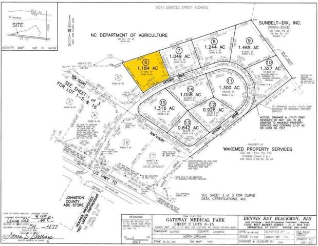 607 Gateway Drive, Clayton, NC 27520 (#2088216) :: Real Estate By Design