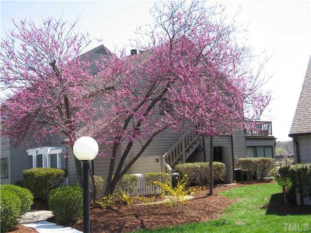 21 East Street #21, Clarksville, VA 23927 (#1938846) :: The Jim Allen Group