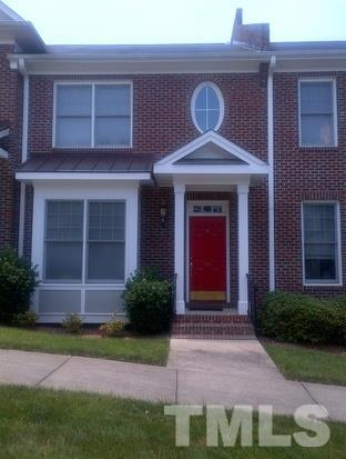 920 Edgewater Circle #920, Chapel Hill, NC 27516 (#2143984) :: Marti Hampton Team - Re/Max One Realty