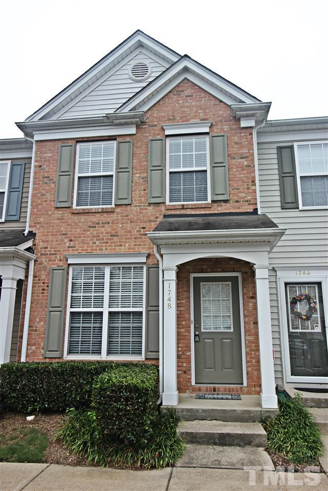 1748 Sorrell Brook Way, Raleigh, NC 27609 (#2146184) :: Triangle Midtown Realty