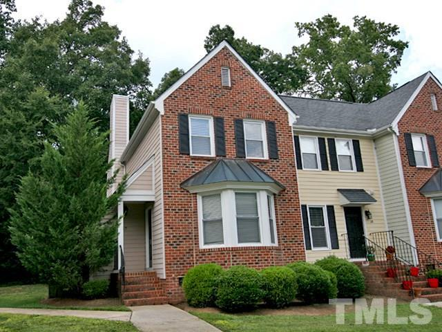 17 Forest Glen Drive #17, Chapel Hill, NC 27517 (#2146561) :: Raleigh Cary Realty