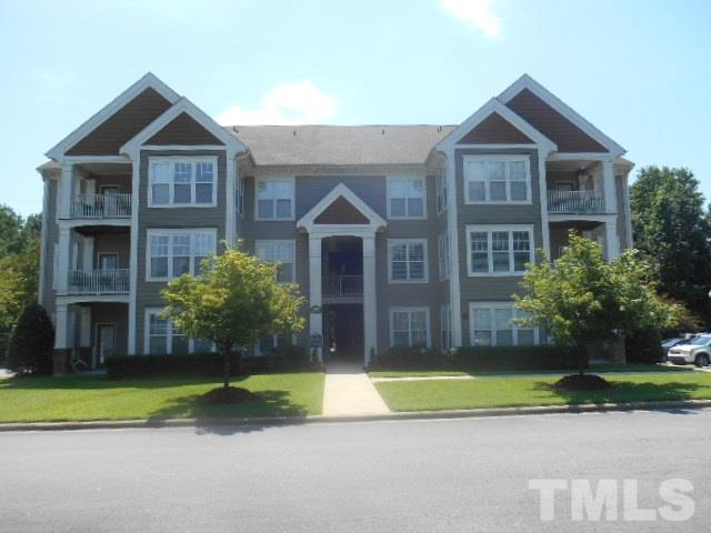 1838 Parkside Village Drive #1838, Clayton, NC 27520 (#2151157) :: Marti Hampton Team - Re/Max One Realty