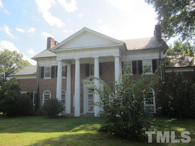 238 E Andrews Avenue, Henderson, NC 27536 (MLS #2152882) :: ERA Strother Real Estate