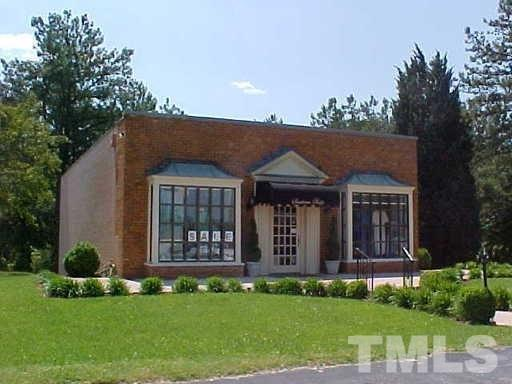 1391 W Danville Street, South Hill, VA 23970 (#2160754) :: The Jim Allen Group