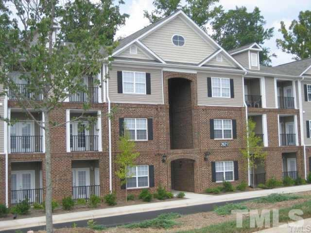 2621 Oldgate Drive #107, Raleigh, NC 27604 (#2161532) :: Marti Hampton Team - Re/Max One Realty