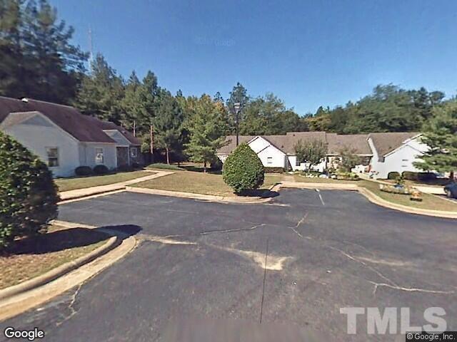908 Cedar Court, Aberdeen, NC 28315 (#2167232) :: Rachel Kendall Team, LLC
