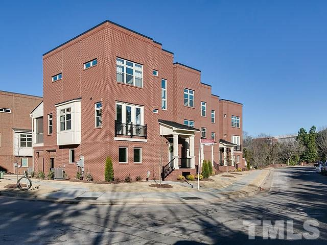 2430 Campus Shore Drive #104, Raleigh, NC 27606 (#2167487) :: Raleigh Cary Realty