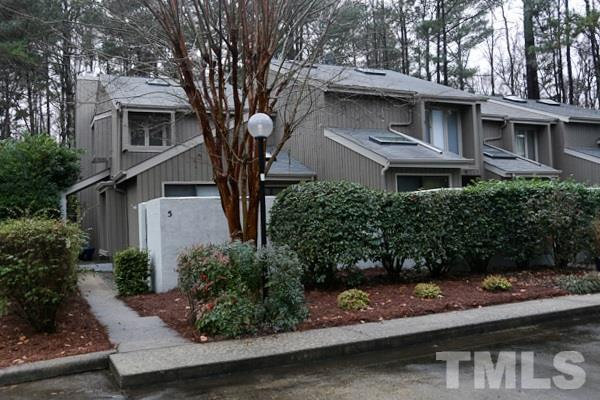 5 Tilbury Court, Chapel Hill, NC 27517 (#2167712) :: Raleigh Cary Realty