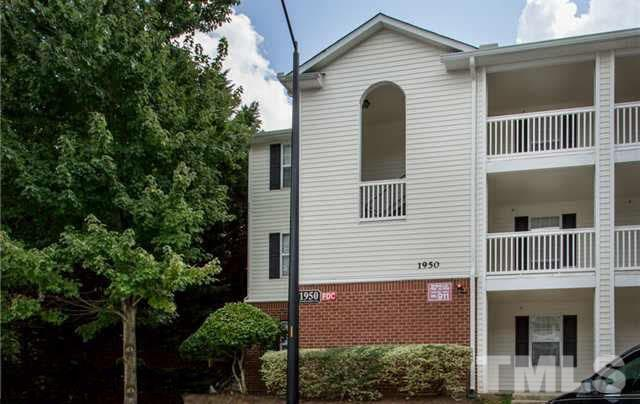 1950 Trailwood Heights Lane #104, Raleigh, NC 27603 (#2169300) :: Raleigh Cary Realty