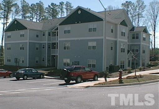 3000 Centennial Woods Drive #102, Raleigh, NC 27603 (#2182415) :: Better Homes & Gardens | Go Realty