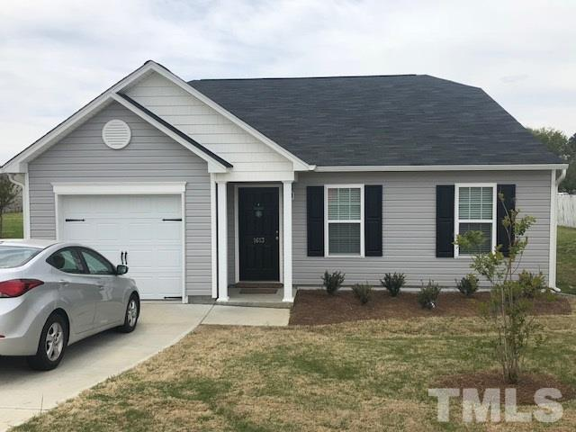 1613 Friendly Road, Dunn, NC 28334 (#2186797) :: Raleigh Cary Realty