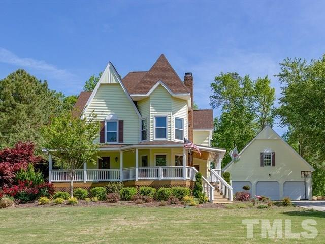 6421 Robertson Pond Road, Wendell, NC 27591 (#2189922) :: The Jim Allen Group