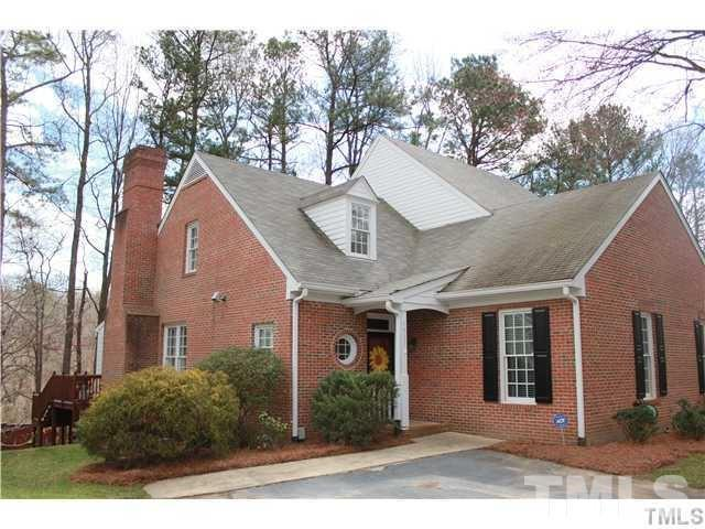 1517 Village Glenn Drive, Raleigh, NC 27612 (#2193143) :: The Perry Group