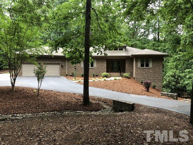 582 Broadmoor Court, Sanford, NC 27332 (#2200086) :: The Perry Group