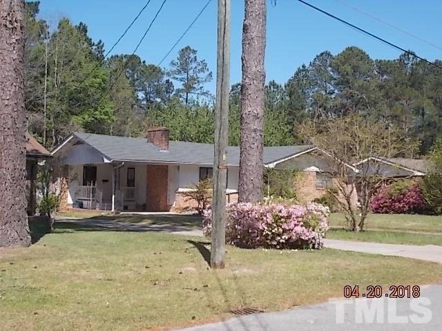 513 Oak Street, Smithfield, NC 27577 (#2200390) :: The Abshure Realty Group
