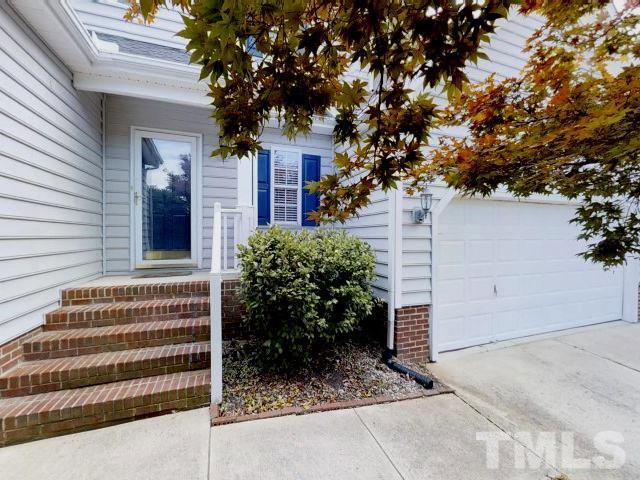 109 Bridlebit Court, Cary, NC 27513 (#2201489) :: The Perry Group