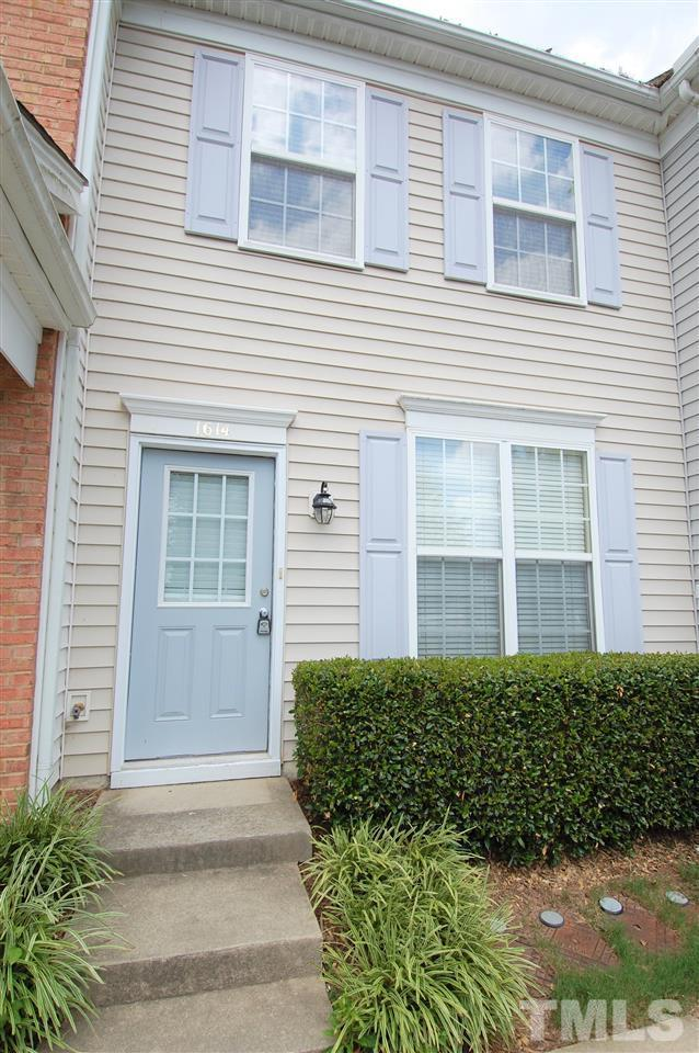 1614 Brook Fern Way, Raleigh, NC 27609 (#2201803) :: The Perry Group