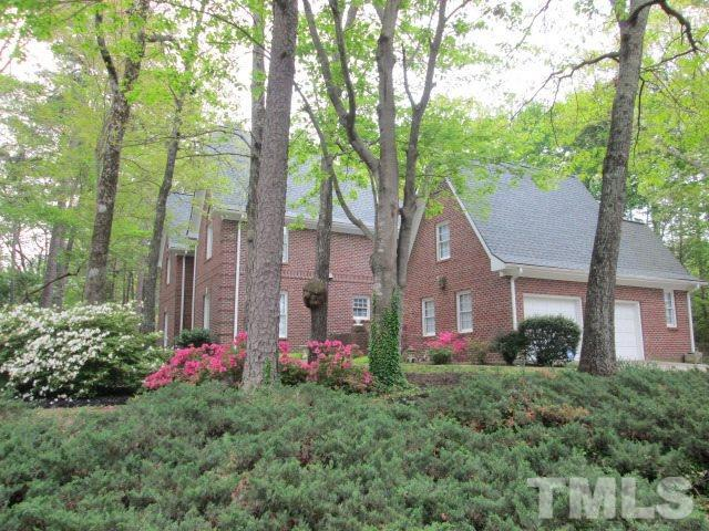 305 Medoc Lane, Raleigh, NC 27613 (#2201882) :: The Perry Group